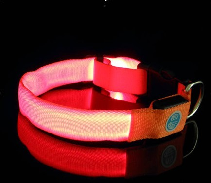 LED pet collar 023<br><img src='/upfile/product/20120204080508.jpg' onload='javascript:DrawImageim(this);' />